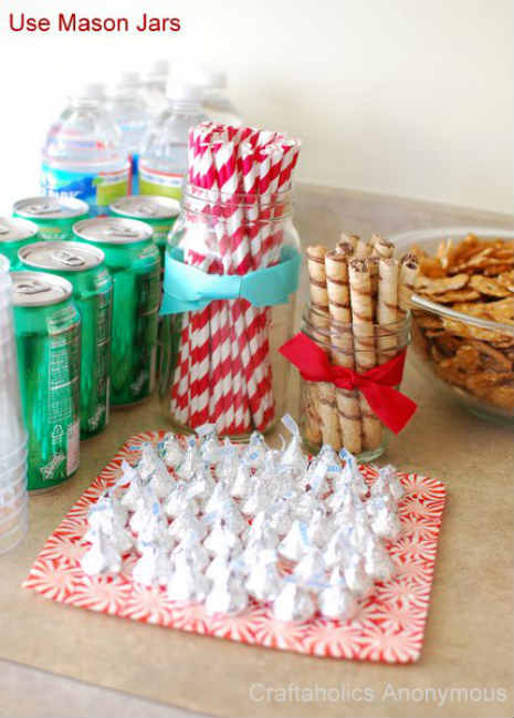 Image via http://www.blogher.com/fun-and-easy-diy-holiday-party-decorations