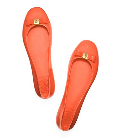 Jelly Bow Ballet Flat - http://www.toryburch.com/Jelly-Bow-Ballet-Flat/51128270,default,pd.html?dwvar_51128270_color=601&start=18&cgid=shoes-sale